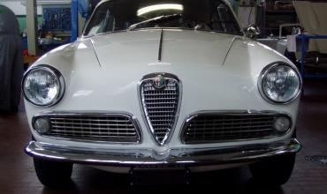 Alfa_Giulietta_Sprint_08