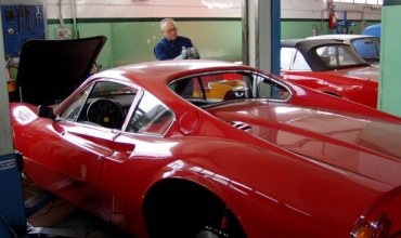 Ferrari_Dino_246_GT_03